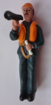 Matrose Megaphone haltend M1:20 Figur