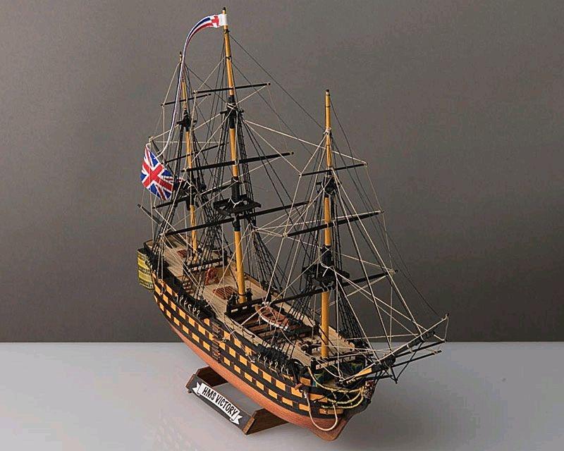 HMS Victory 1:310 Baukasten, Lägne 32,90 cm