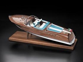 Ital. Sportboot Typ Aquarama   - vorrätig -