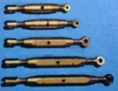 Spannschraube , Schaftlänge 24 mm, 5 Stück