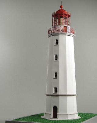 Leuchtturm Dornbusch Laser Kartonbausatz