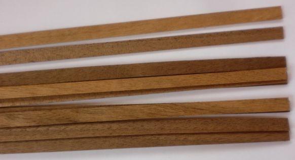 Nussbaum-Vierkantleisten 2 x 10 mm, Länge 1 m, 10 Stück
